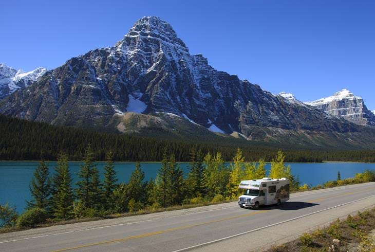 Autocamper i Rocky Mountains, Canada