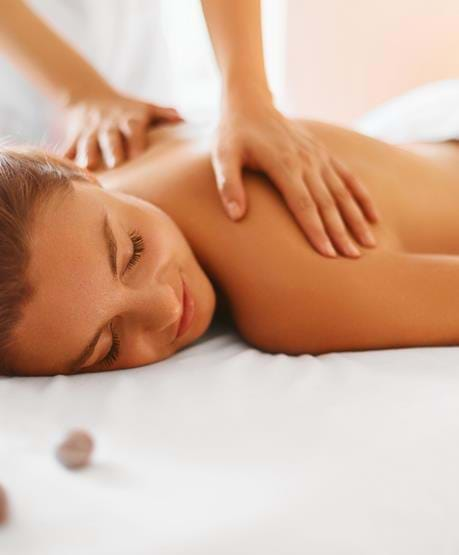 Nyd en gang massage på et spa- & wellnessophold